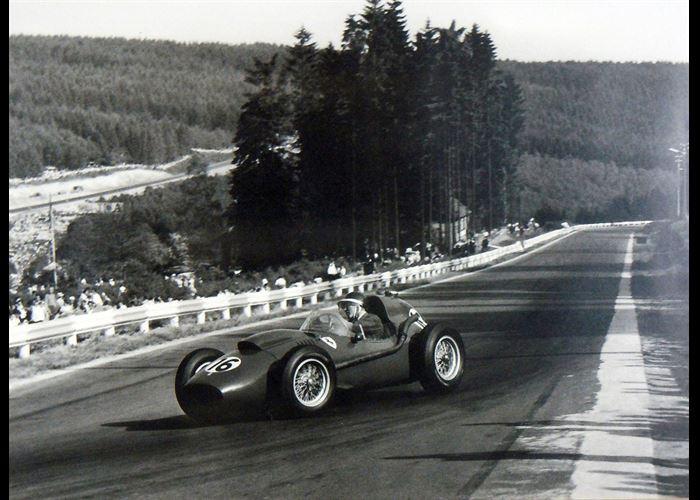 Mr(s). Unknown - Ferrari of Mike Hawthorn